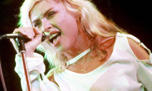 気分がむしゃくしゃするときはBlondieのHeart of Glassを聴くと前向きになれるよ