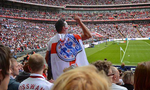 New Orderの「World in Motion」ってサッカーのイングランド代表の公式応援ソングだったって知らなかったよ